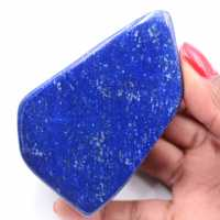 Blocco di lapislazzuli in pietra a forma libera