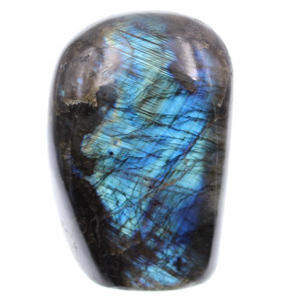 Pietra ornamentale in labradorite con riflessi blu