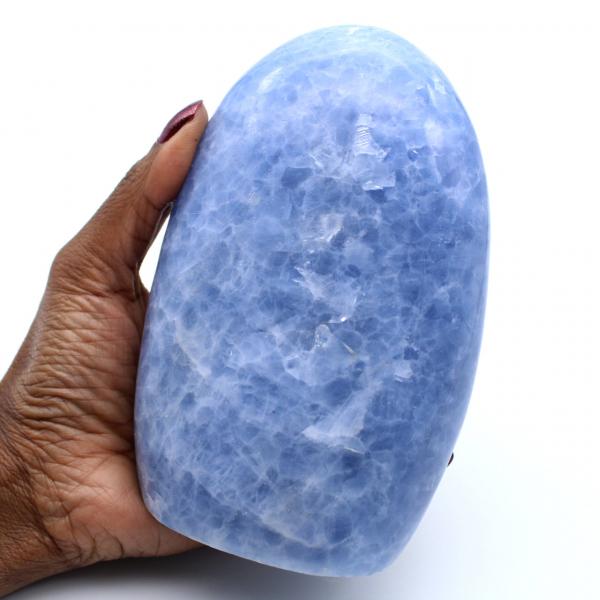 Forma libera di calcite blu