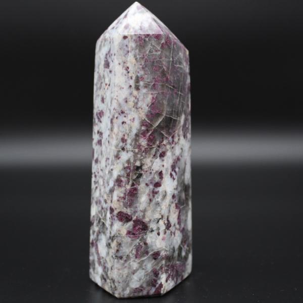Prisma di pietra lepidolite